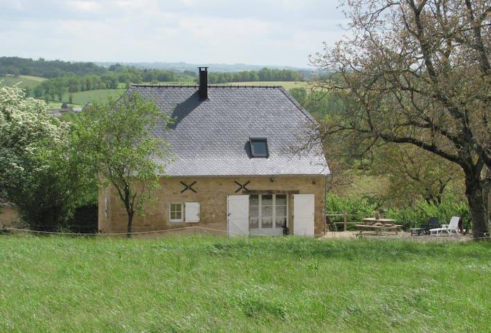 Gîte à Bournazel proche Cransac Conque Belcastel