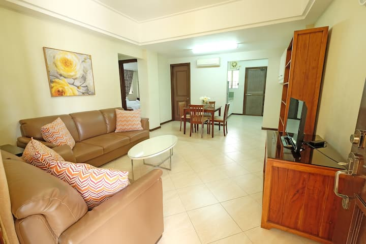 2BR Fully Furnished Apartment - Las Palmeras 3