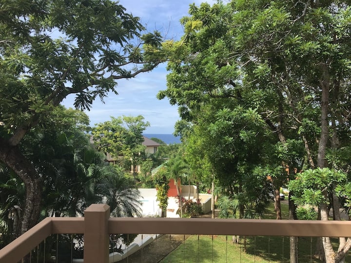 Las Pumarosas- Amazing views! Beach & Pool access