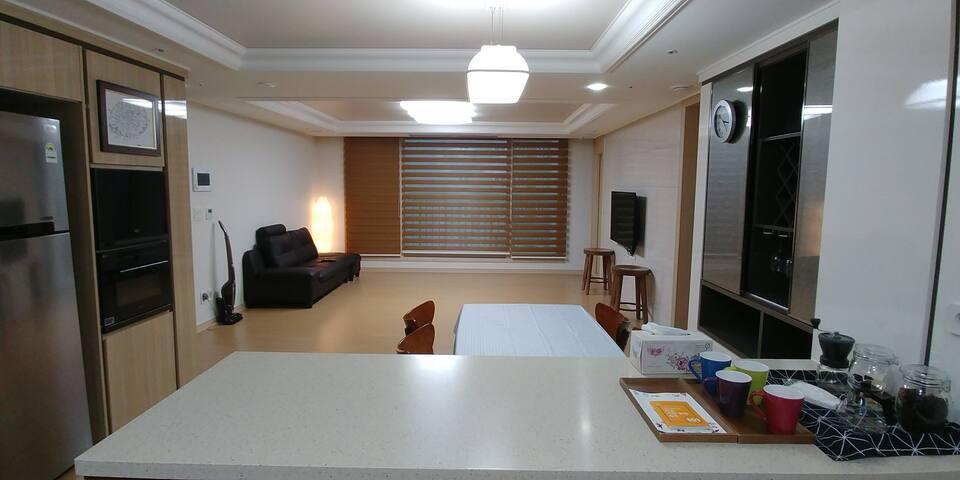 Open sale 가족여행맞춤 모던아파트  플로리하우스(2) - Gangjeong-dong, Seogwipo-si - Apartamento