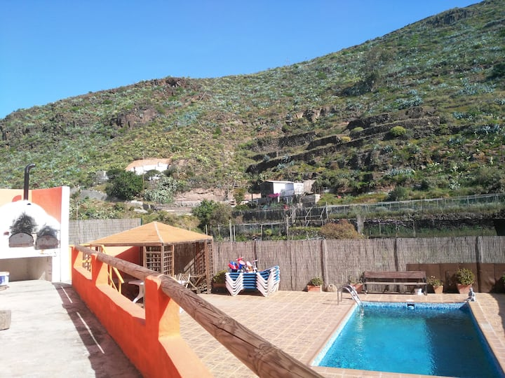 Chalet Ruta San Roque and Pool