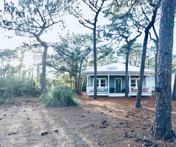 NEW cool industrial-cottage, SEAcret Grove on 30A!