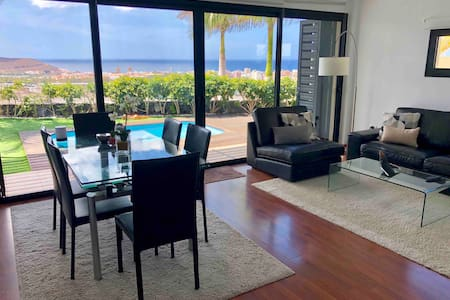 Luxury villa Best view in Tenerife! Air-condition.