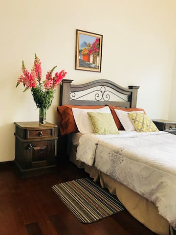 Private rooms in Antigua Guatemala/ habitaciones