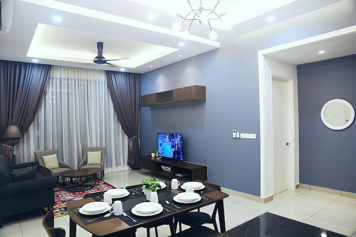 Awang's Place@Conezion, IOI Resort City,Putrajaya