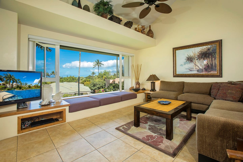 Palms at Wailea 2104-Spacious Living Room with Elegant Furnishings!