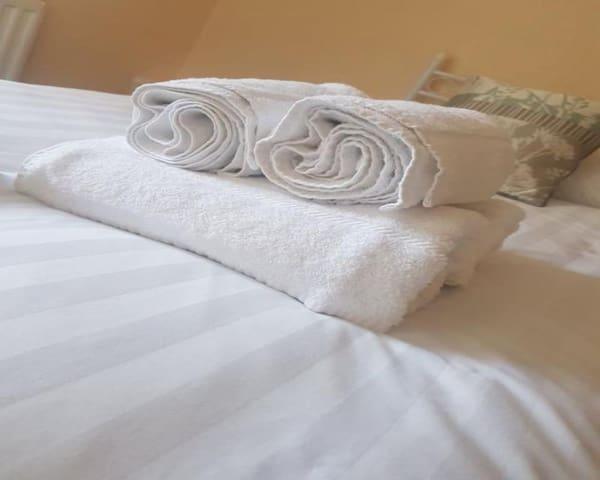Standard Double Bed WIth En-Suite