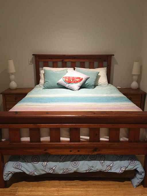 Queen bed with double futon bed underneath.