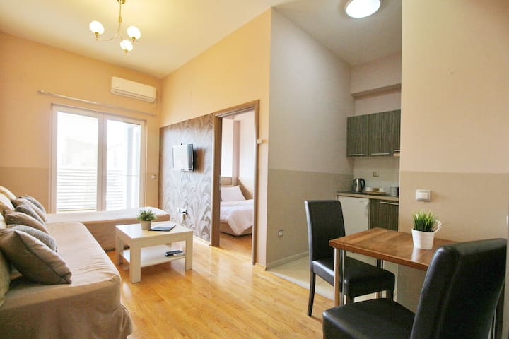 Perfectly located One Bedroom Apartment
