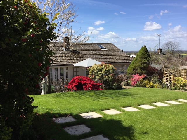 Buxted. Unwind here or explore the countryside! - Buxted - Bungalow