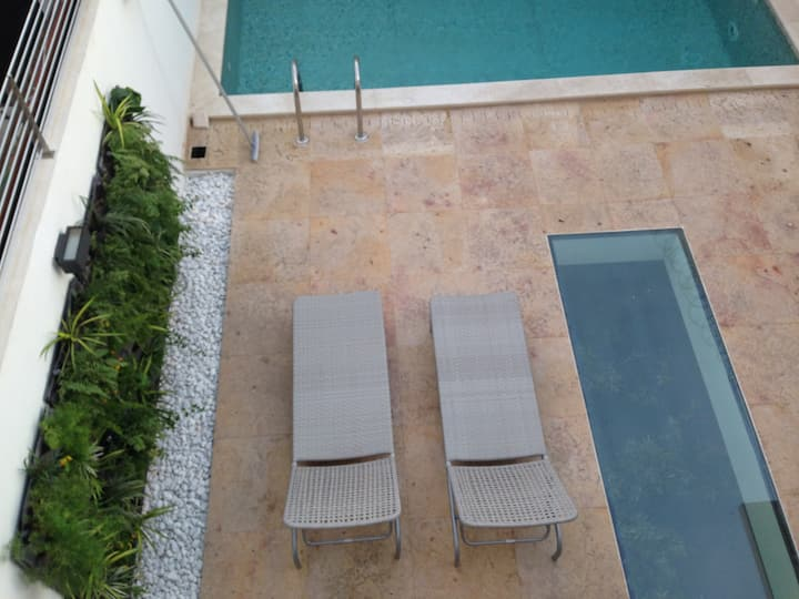 AMAZING HOUSE IN TOWN WITH PRIVATE POOL. LOCATION