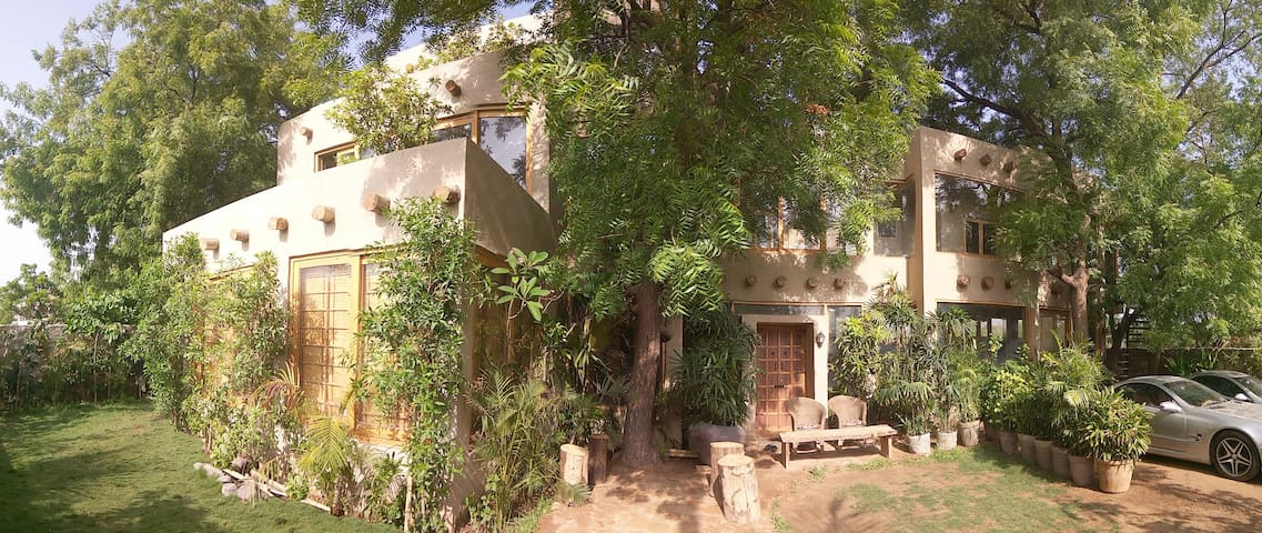 Casa Amba, a tranquil Oasis in Ahmedabad