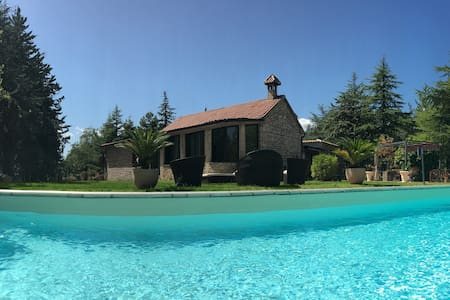 Villa Giovannozzi - forest villa with private pool