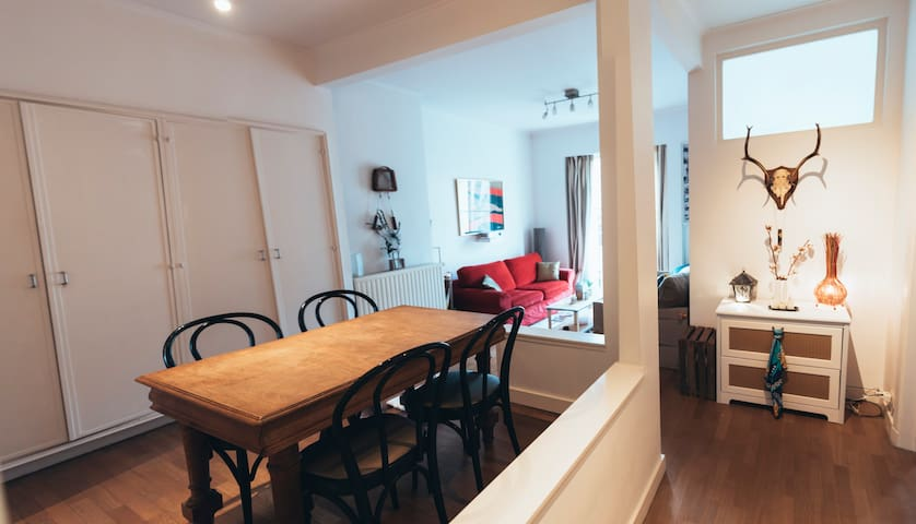 Superb apartment of 70m ² in the heart of Brussels - Forest - Leilighet