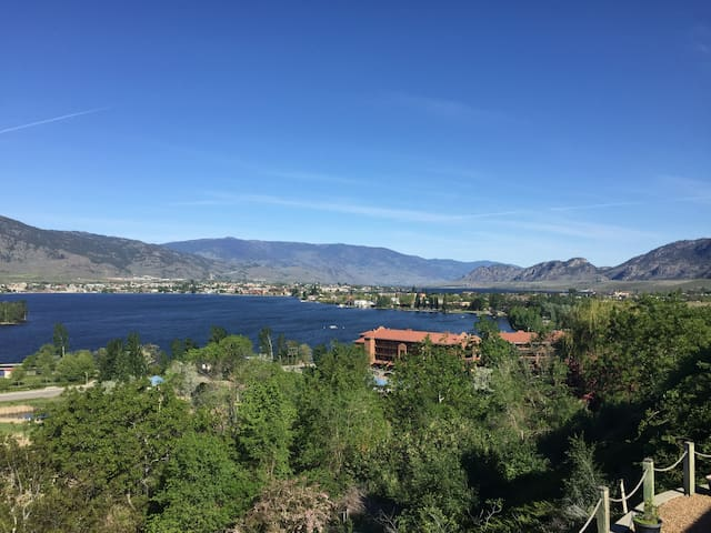East Bench B&B - Osoyoos
