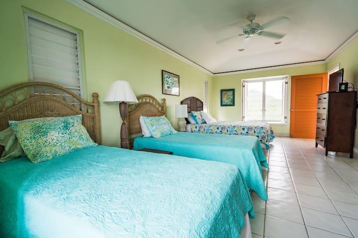 Large Private Bedroom & Bathroom in private villa