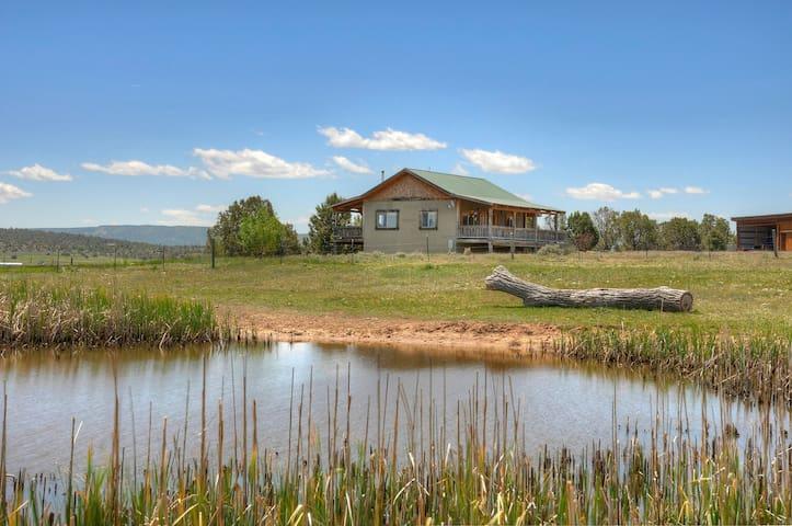 Rolling Hills Vacation Rental Cabin Durango Area - Ignacio - Talo