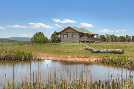 Rolling Hills Vacation Rental Cabin Durango Area - Ignacio - House
