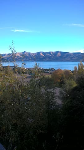 Loft with great views of Akaroa and the Harbour - Akaroa