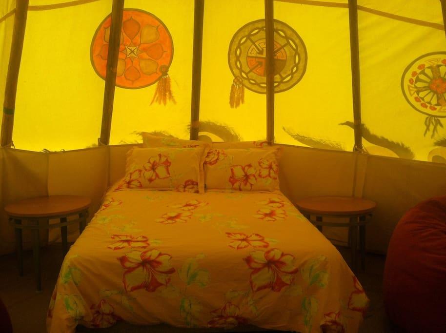 Children's Lodge Queen Bed.