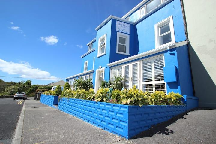 Blue Quay 8
