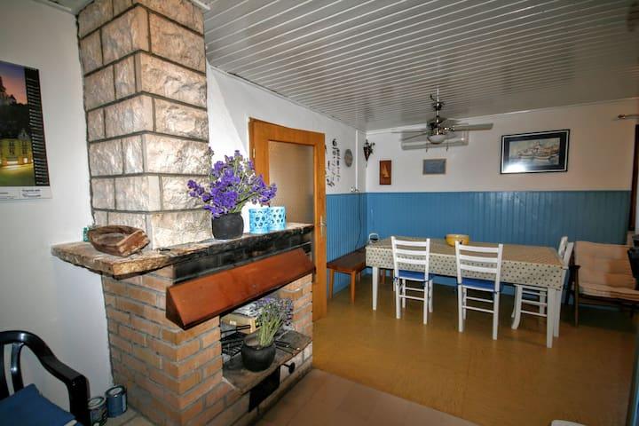 CASA BARBA DINKO - Ložišća - House
