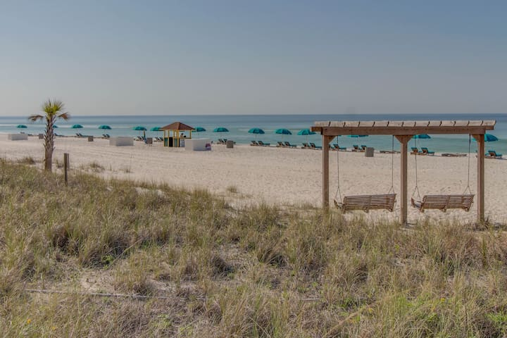 Oceanfront condo w/ 3 shared pools & private beach - walk to dining and sights!