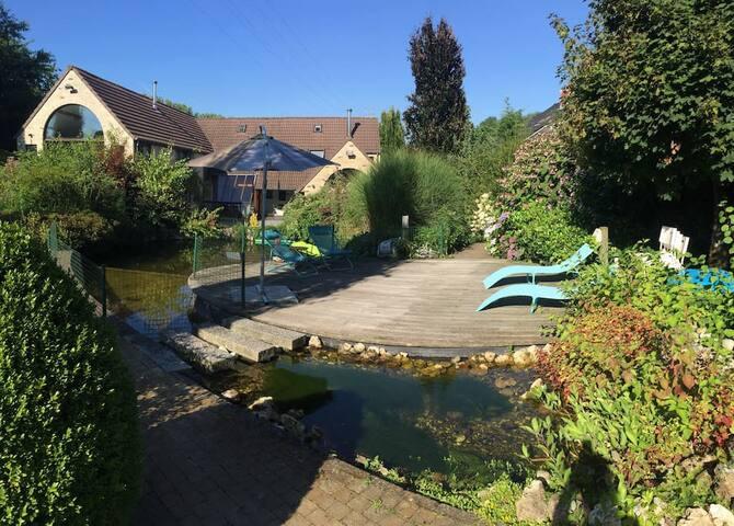Villa near Brussels, exceptional garden