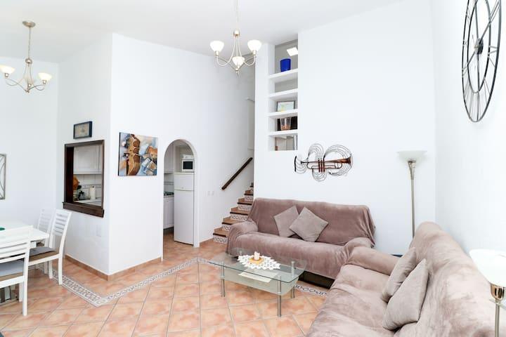 La Cala apartment with sea views, close to beach