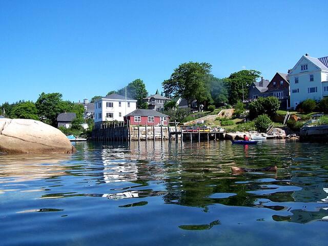1900s Grist Mill Rental(s) w/ Kayaks & Best Views! - Stonington - House