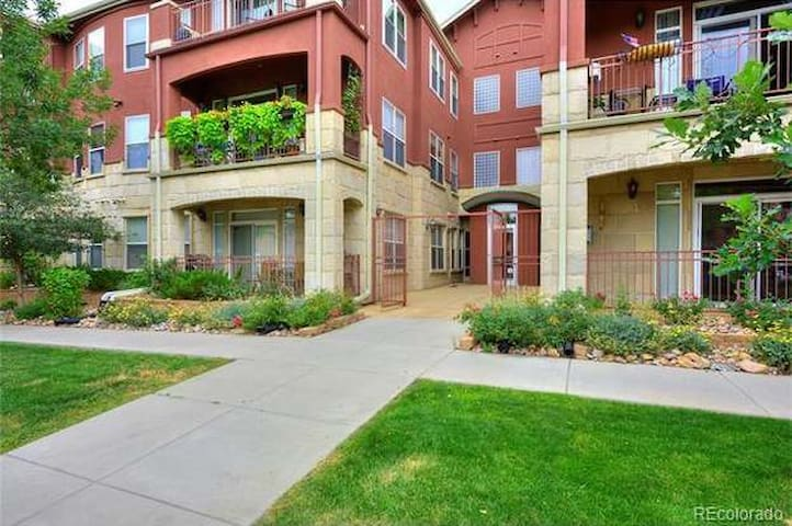1 BR Apt City Park West - 1.1 mile from downtown