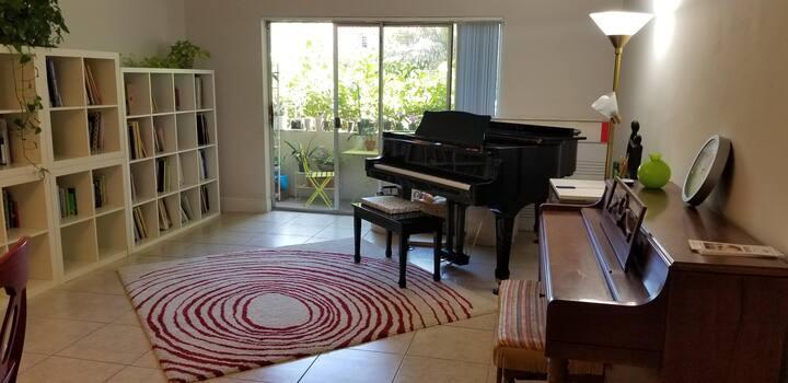 Whole Apartment in Miami, 2 bedrooms,  2 bathrooms