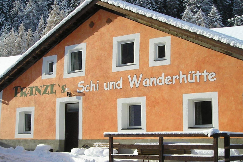 """Gruppenurlaub im geräumigen Selbstversorger Haus """"Franzl's Ski und Wanderhütte"""" in Nauders"""