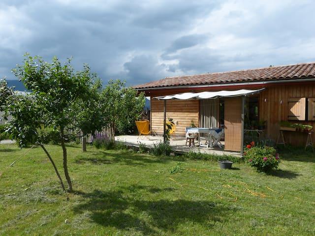 maison bio climatique avec jardin - Recoubeau-Jansac - Hus