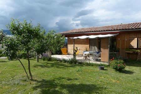 maison bio climatique avec jardin - Recoubeau-Jansac