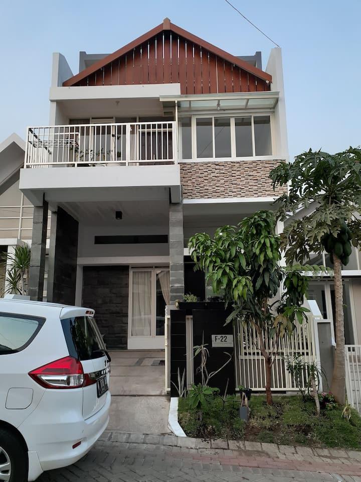Rumah dg rooftop