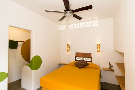 Red Pepper Guesthouse room #3 - Las Salinas