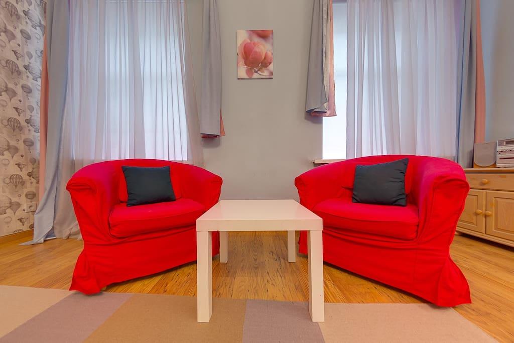 Зона отдыха в спальне/sitting area in bedroom