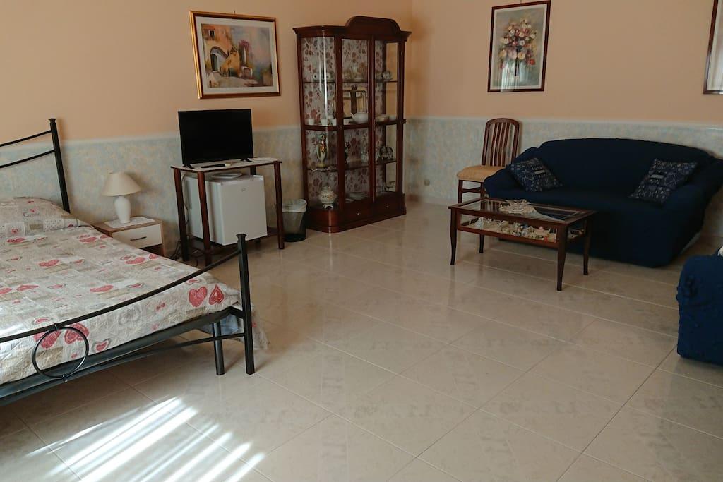Blue room stanza con bagno esterno privato pernottamento e colazione in affitto a avola - Stanza con bagno privato roma ...