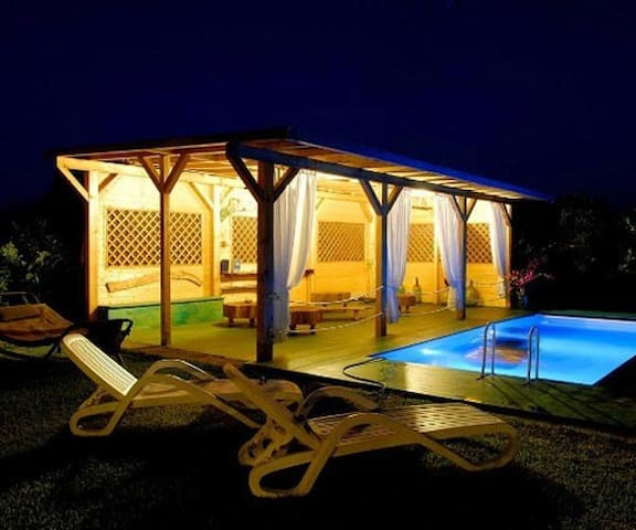 Villa con piscina e vista sull'Etna - Giarre - ที่พักพร้อมอาหารเช้า