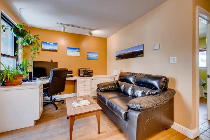 ☀ Downtown Eco-Friendly Condo, Walk to Pearl St! ☀