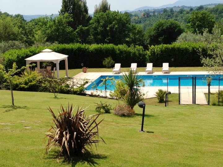 Villa with 5 bedrooms in Poggio Catino, with private pool, enclosed garden and WiFi