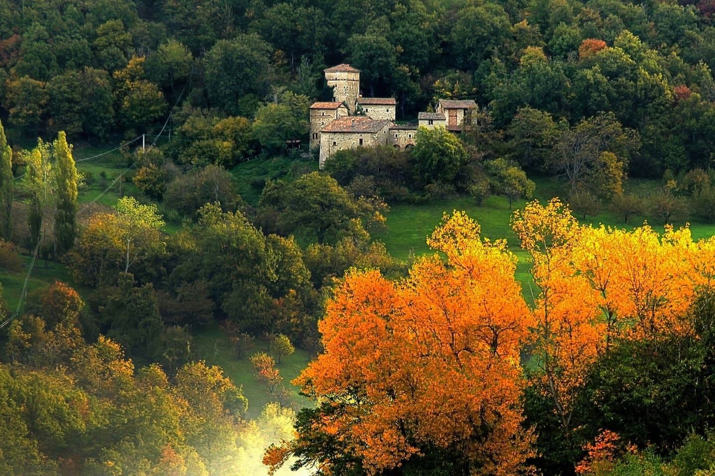 The top 20 castles for rent in italy   airbnb