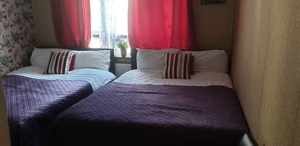 private  quadruple room  King's Cross
