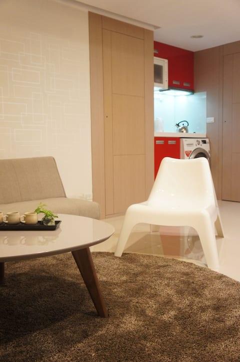 西門樂旅居  、Ximen's20坪大套雙人兩大房寧静舒眠 、(家庭雰圍、宜長居)週、月折扣特惠中!