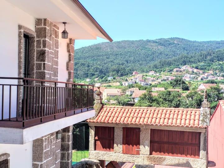 Villa Oubiña Poio