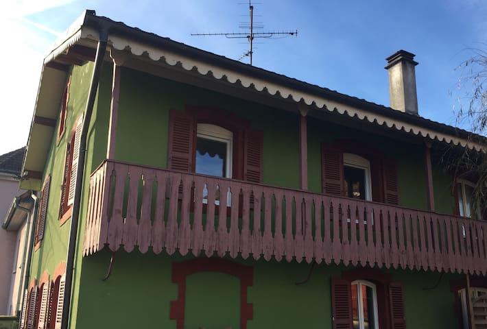 Dépendances d'une maison de maître,Première étage - Belfort - Apartment