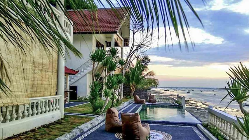 4 bedroom villa with pool and sea view in Ceningan - Nusapenida - Vila