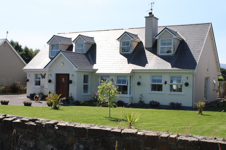 Rural welcoming family home - (Dbl) - Killarney - Bed & Breakfast