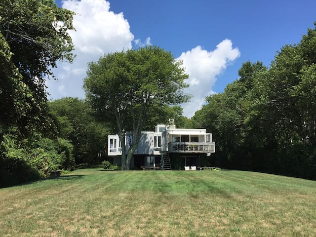 Seaside retreat with a private beach - Mattapoisett - Huis